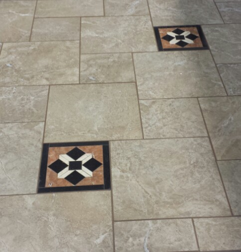Tile Patterns With Decorative Pieces